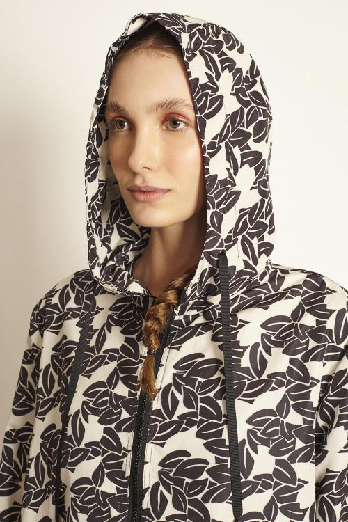 jaqueta nylon estampada