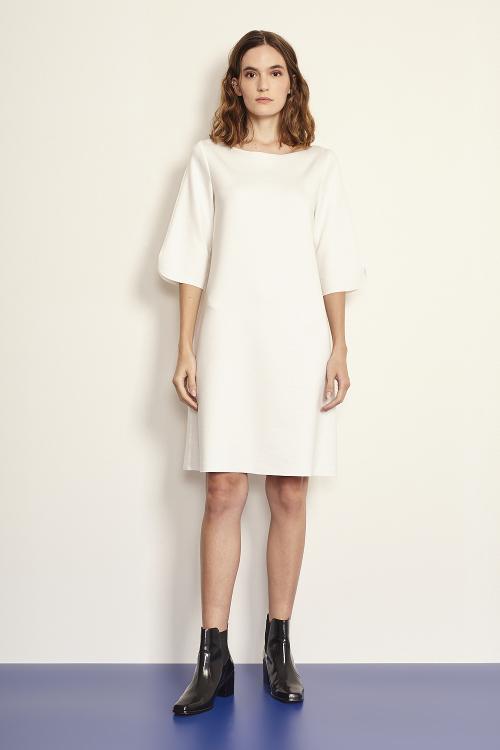 vestido malha dupla leve curto
