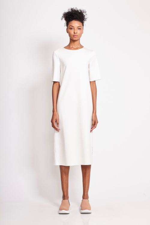 vestido malha dupla leve manga curta